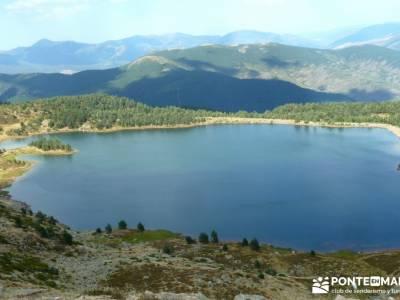 Lagunas de Neila y Cañón del Río Lobos;bosque irati pasear por madrid laguna de gredos